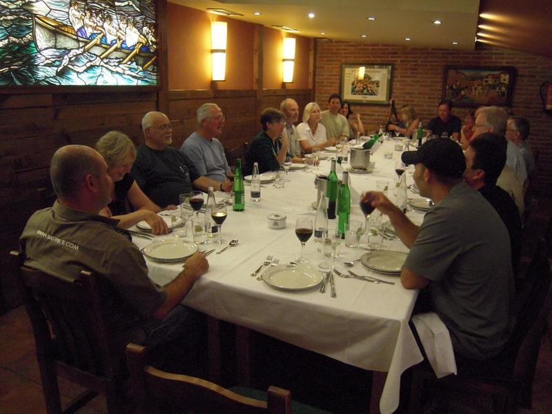 Chegada a Barcelona, reunião de segurança e jantar de boas vindas