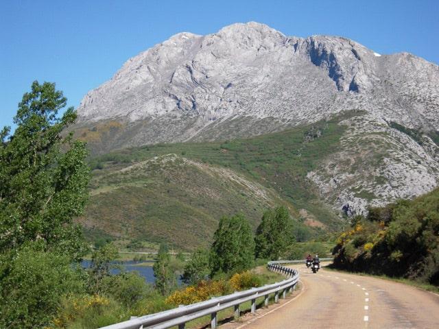 Cervera de Pisuerga - Oviedo