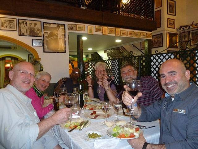 Ankunft in Malaga – Sicherheitseinweisung - Welcome-Dinner